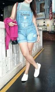celana overall