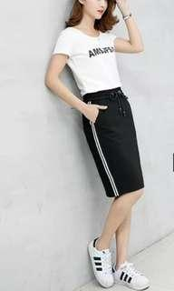 🚚 Straight cut casual skirt