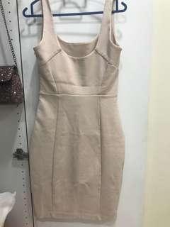 Divalicious Nude Body on Dress