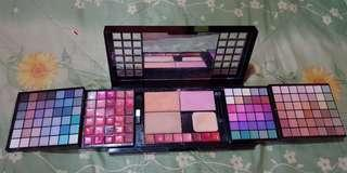 eye shadow MAC professional make up kit