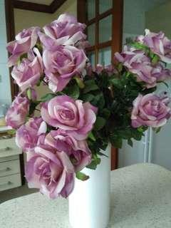 White porcelin flower vase for sale
