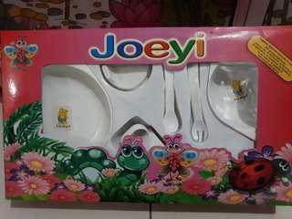 Tempat Makan bayi Feeding set Joeyi Besar
