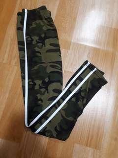 Pretty little things Army leggings
