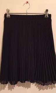 Black Pleated chiffon mini skirt