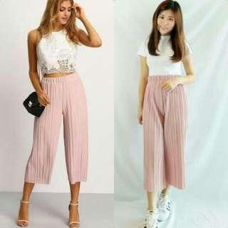 S - M pink pleated culottes