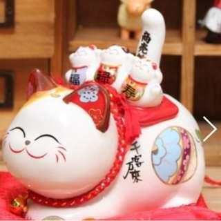 CLEARANCE! 金石工坊 shake tail lucky cat (solar power)