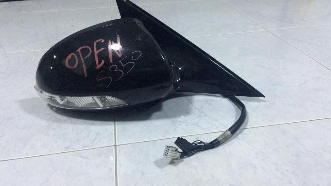 2008 W221 S350 right side mirror