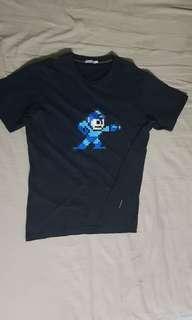 original uniqlo x capcom megaman/rockman t-shirt