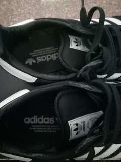 adidas shoes/sneakers