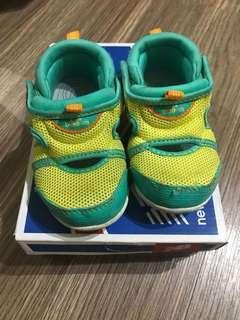 🚚 出清特價-正品new balance童鞋