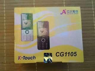 🚚 亞太手機/K-Touch CG1105 白色/內含手機,耳機,電池2顆,充電線