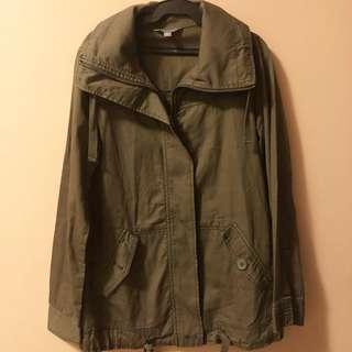 Rubbish brand size XS but can fit til small P1500 only. Jacket Bought from US worn once