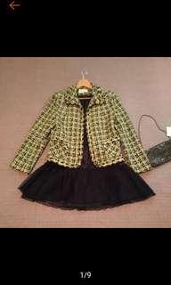 🚚 MOADA 專櫃 時尚 黑黃格紋 小香風 短版外套 近全新