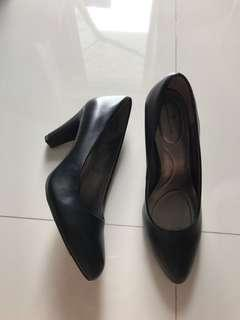 BN Bandolino Black Heels Office Heels Formal Heels SIZE US 8