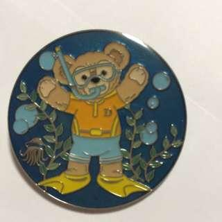 迪士尼 襟章 徽章 Disney Pin Duffy