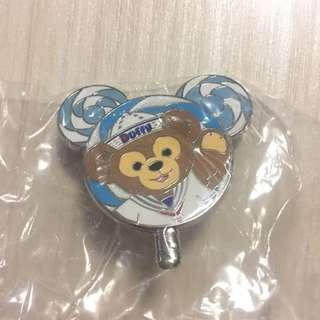 迪士尼 襟章 徽章 Disney Lollipop Pin Duffy