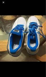 *CLEARING* NIKE REVOLUTION 2 SHOE