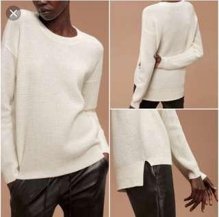 Aritzia sweater size small