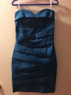 Size S party dress
