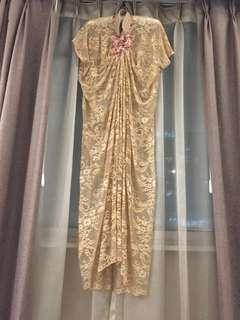 Muslimah Dress Gold Lace with Long Sleeves Inner