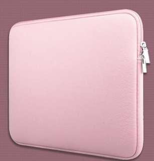 INSTOCKS Classic Macbook Laptop Neoprene Zipper Sleeve Casing Inner Padded