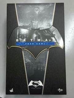 Hot Toys MMS342 Batman vs Superman: DOJ - Batman with Tech Cowl