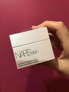 Nars moisture cream