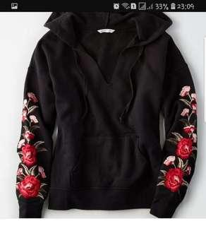 American Eagle Outfitters AEO Floral Embroidered Black Hoodie Pullover Jacket