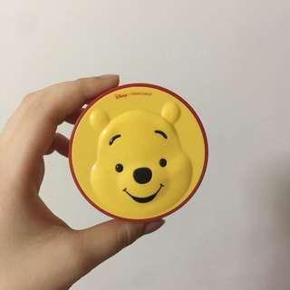 The face shop 小熊維尼氣墊粉餅