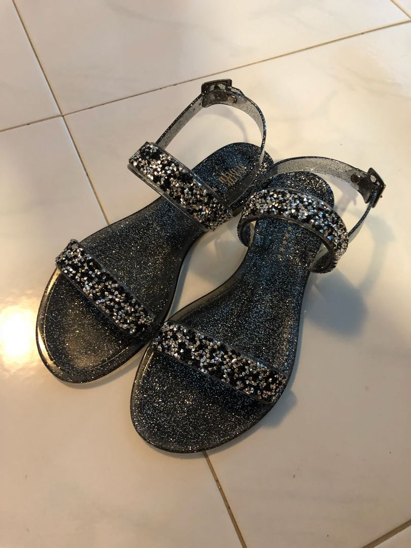 343a4851f494 Almost new! Katie Judith sandals