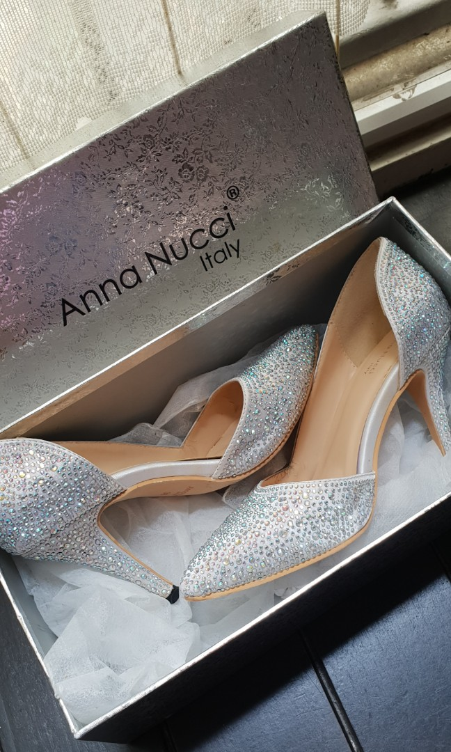 327fce919a4 Anna Nucci Slip-on Heels