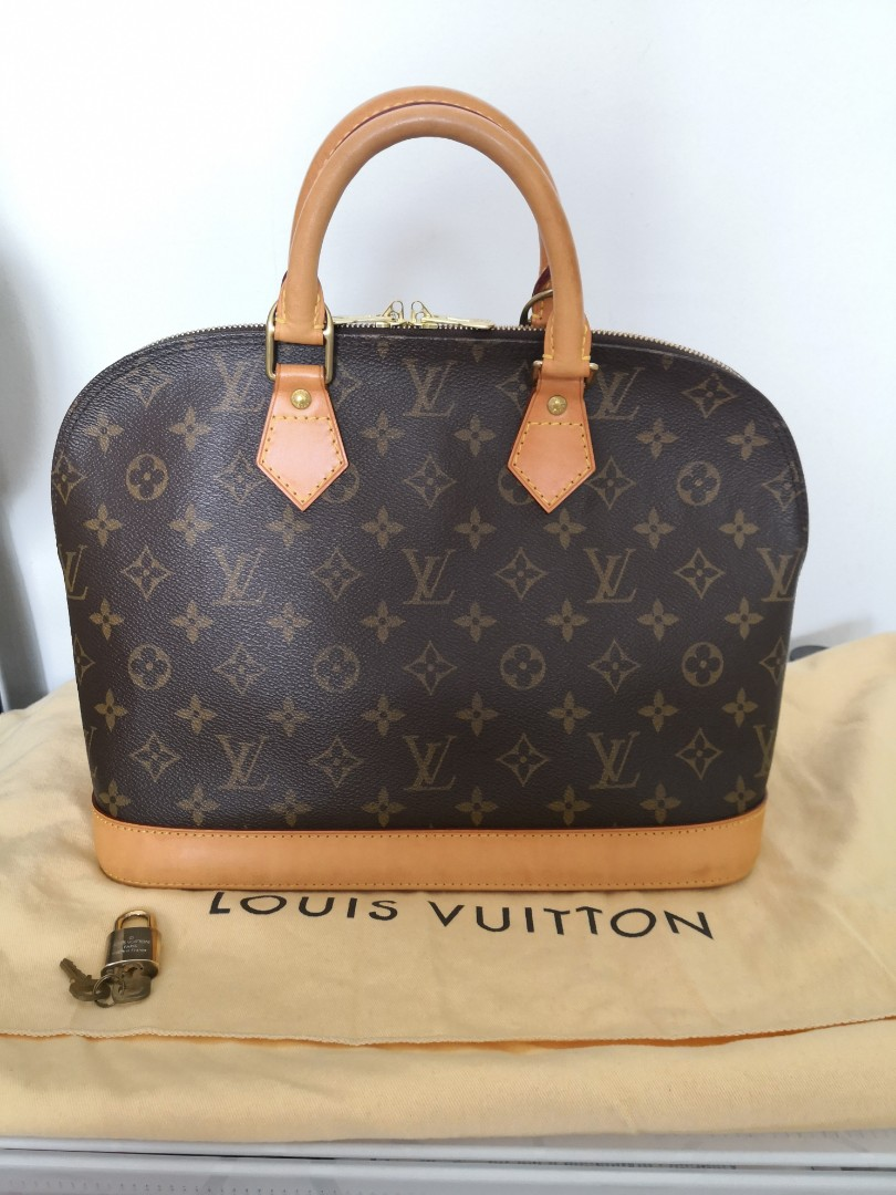 24H fire sale! Authentic Louis Vuitton Alma, Luxury, Bags   Wallets ... ed090e051d