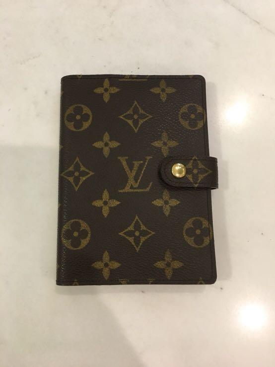 eb863ab9f02e Authentic Louis Vuitton Small Ring Agenda Cover Monogram