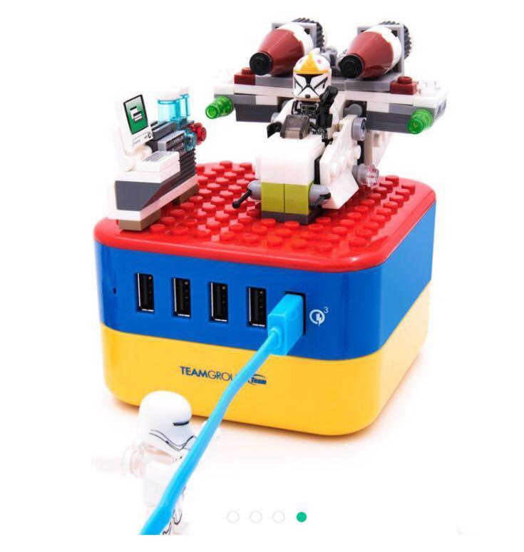 Lego compatible usb charging box
