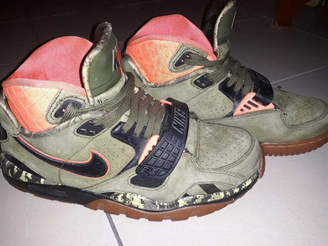 d25f81671c340 Nike Air Trainer SC II