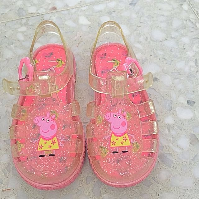 c48bd32fffd2 Peppa pig girls jelly shoes uk size 6.