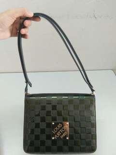 $220(Non-Neg)! Authentic Louis Vuitton Bag