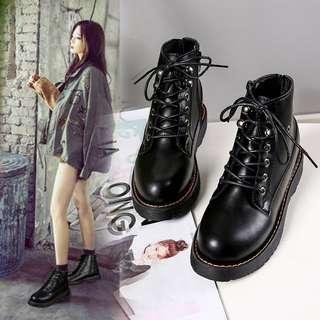 Martin boots women's boots England style retro wild flat Korean version of the lace-up shoes chic
