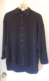 Aritzia blouse size M