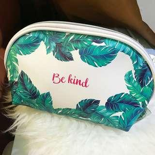 SIMPLE Beauty Pouch