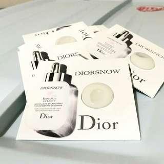 DIOR Diorsnow Essence Of Light