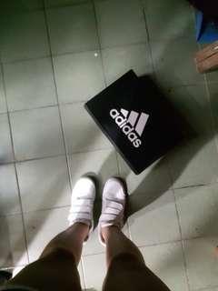 🚚 正品Adidas魔鬼氈休閒鞋運動鞋球鞋