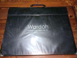 Wardah Professional Palette Besar (Make Up Kit)