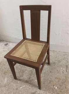 舊港英殖民地木椅