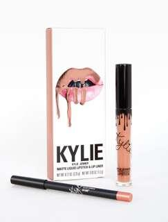 Kylie Cosmetics Lip Kit in Exposed