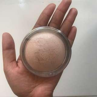 Highlighter Catrice Glow