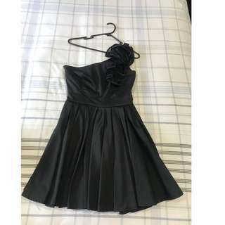 Natasha Gan Dress Size 8