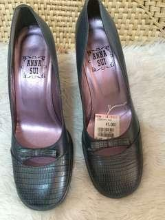 ANNA SUI LEATHER SHOES
