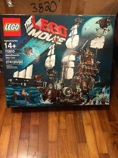 Lego Movie 70810 MetalBeard's Sea Cow