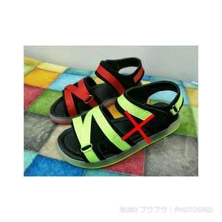 🚚 正常 | 內長17.0電燈兒童涼鞋